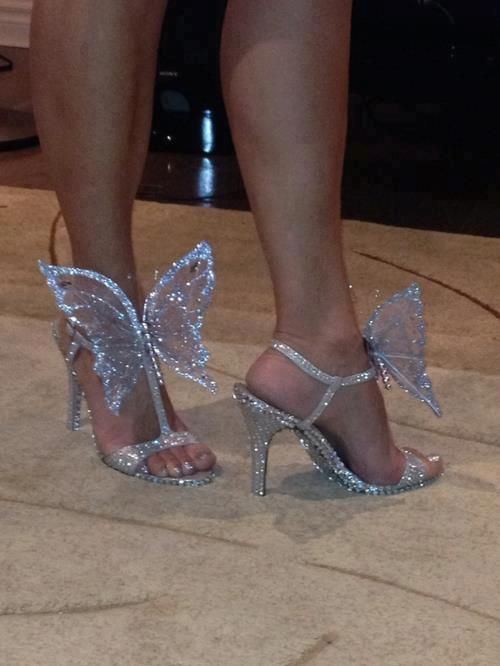 I love butterflies and fairies....SO you know I love these shoes! 8f328811844e