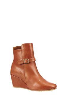 0fcb637b09bf PAUL ET JOE :Boots compensées en cuir Olivia | me : style ...
