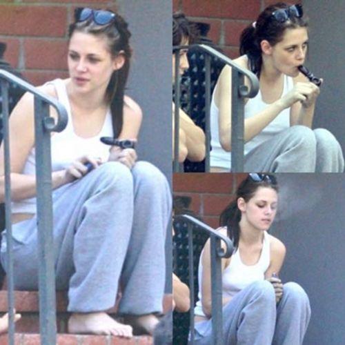 Kristen Stewart Smoking Crack