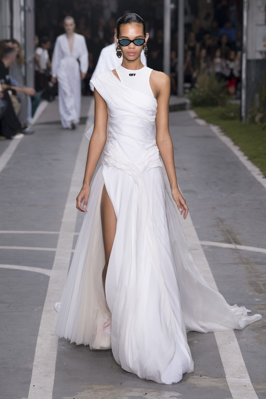 Off White Spring 2019 Ready To Wear Fashion Show Estilos De Ropa Mujer Vestidos De Novia Vestidos