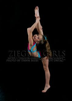 mackenzie ziegler sharkcookie - photo #1