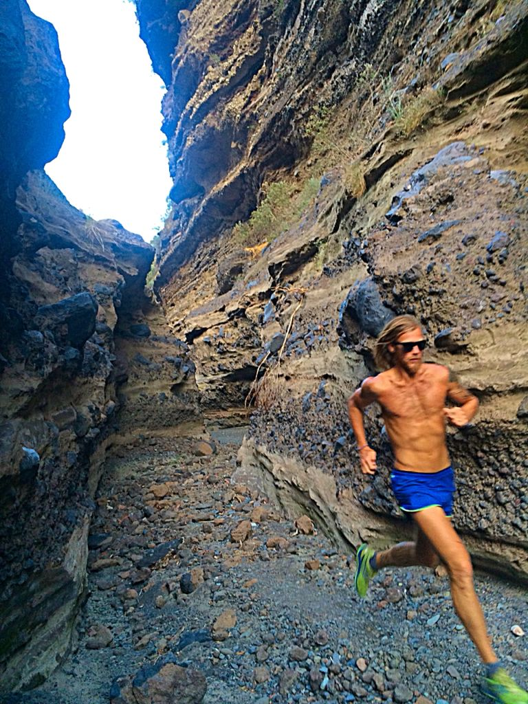 timothy olson trail running in la palma  canary islands  spain  timothyallenolson com