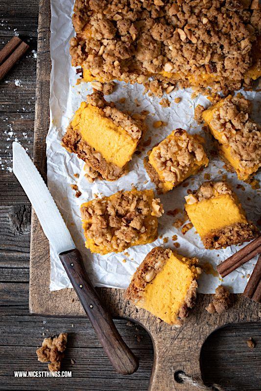 Kürbis Cheesecake Rezept mit Pumpkin Spice Streuseln - Nicest Things