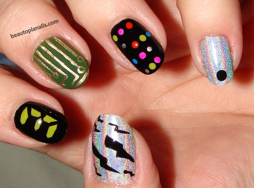 11 Hunger Games Nail Designs to Wear to the Mockingjay Part 2 ...