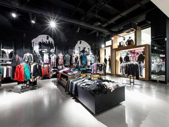 hohe Qualität bekannte Marke neuer Stil von 2019 Olymp & Hades Leipzig Shop Design, Ladenflächen Corneille ...