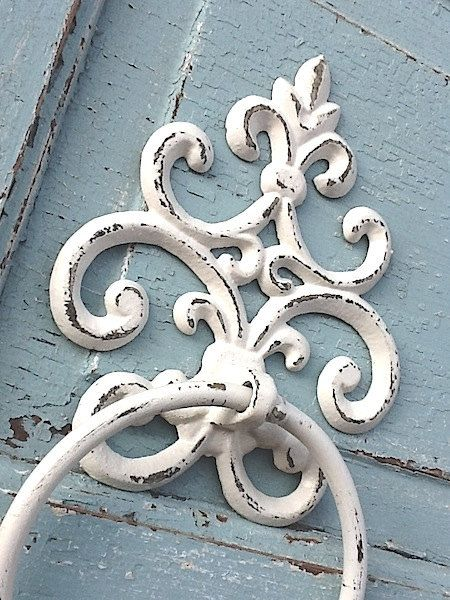 Old World Cast Iron Towel Holder Shabby Chic By Camillacotton 19 00
