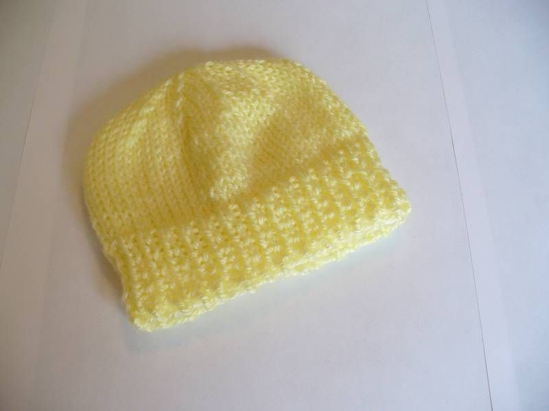 Knitting Pattern Hat For Newborn : Newborn Baby Hat to Knit - Free Knitting Pattern Knitting for Babies - Hats...