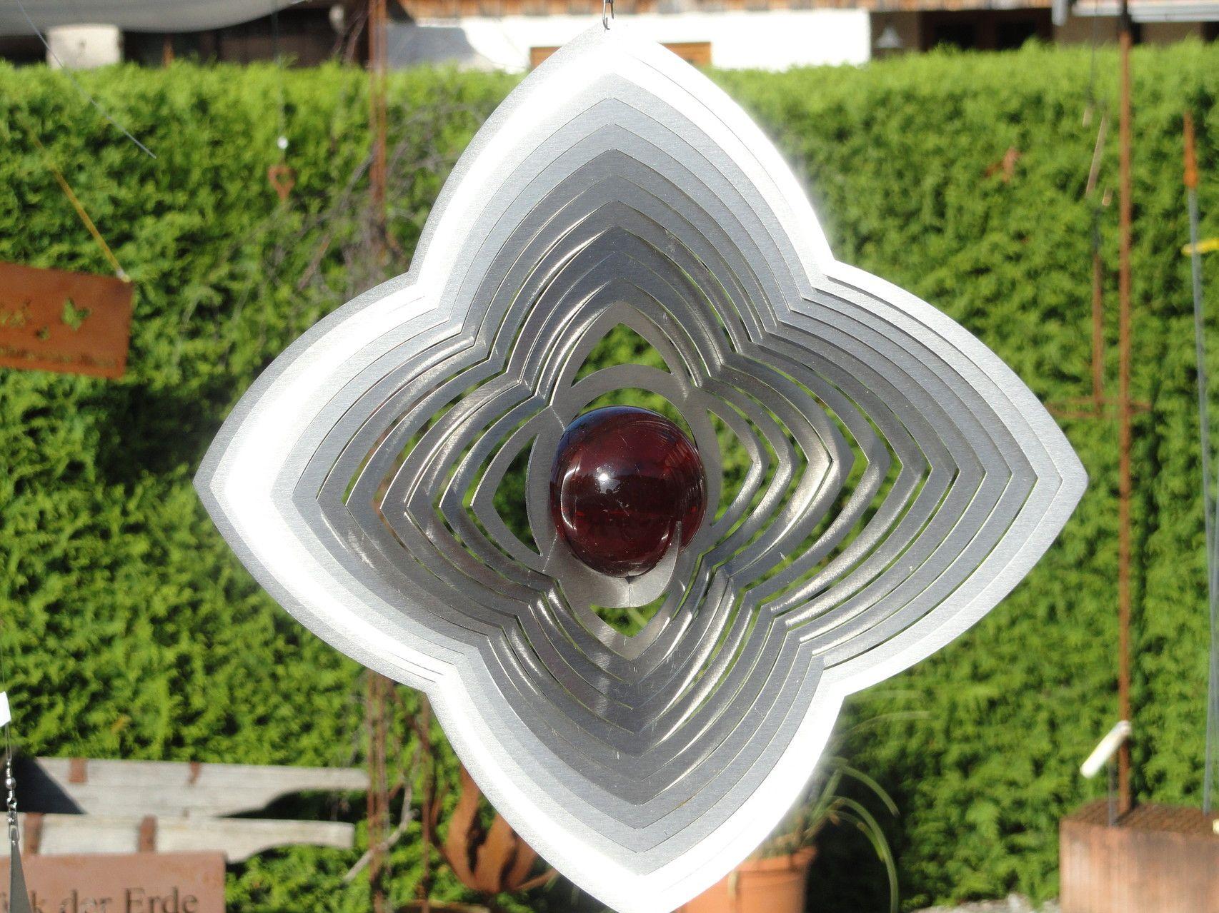 Edelstahl-Windspiel in Blütenform - Gartendeko von Franz und Karin ...
