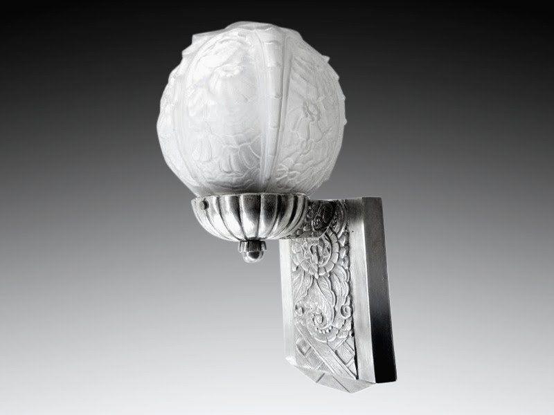 Épinglé par art deco ceramic glass light sur th century lighting
