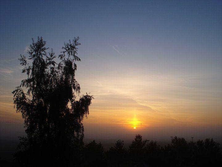 Sunrise in Munich... from my friend's apartment backyard :p, perfect!