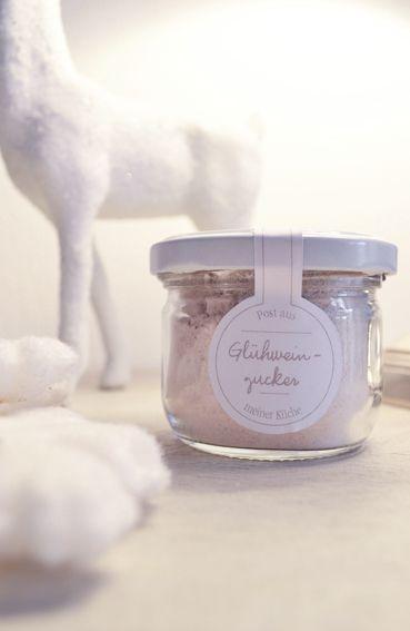 Gluhweinzucker Zutaten 1 Vanilleschote 2 Zimtstangen 3 4 Sternanissamen Oder Selbstgemachte Geschenke Aus Der Kuche Geschenke Aus Der Kuche Backen Geschenk
