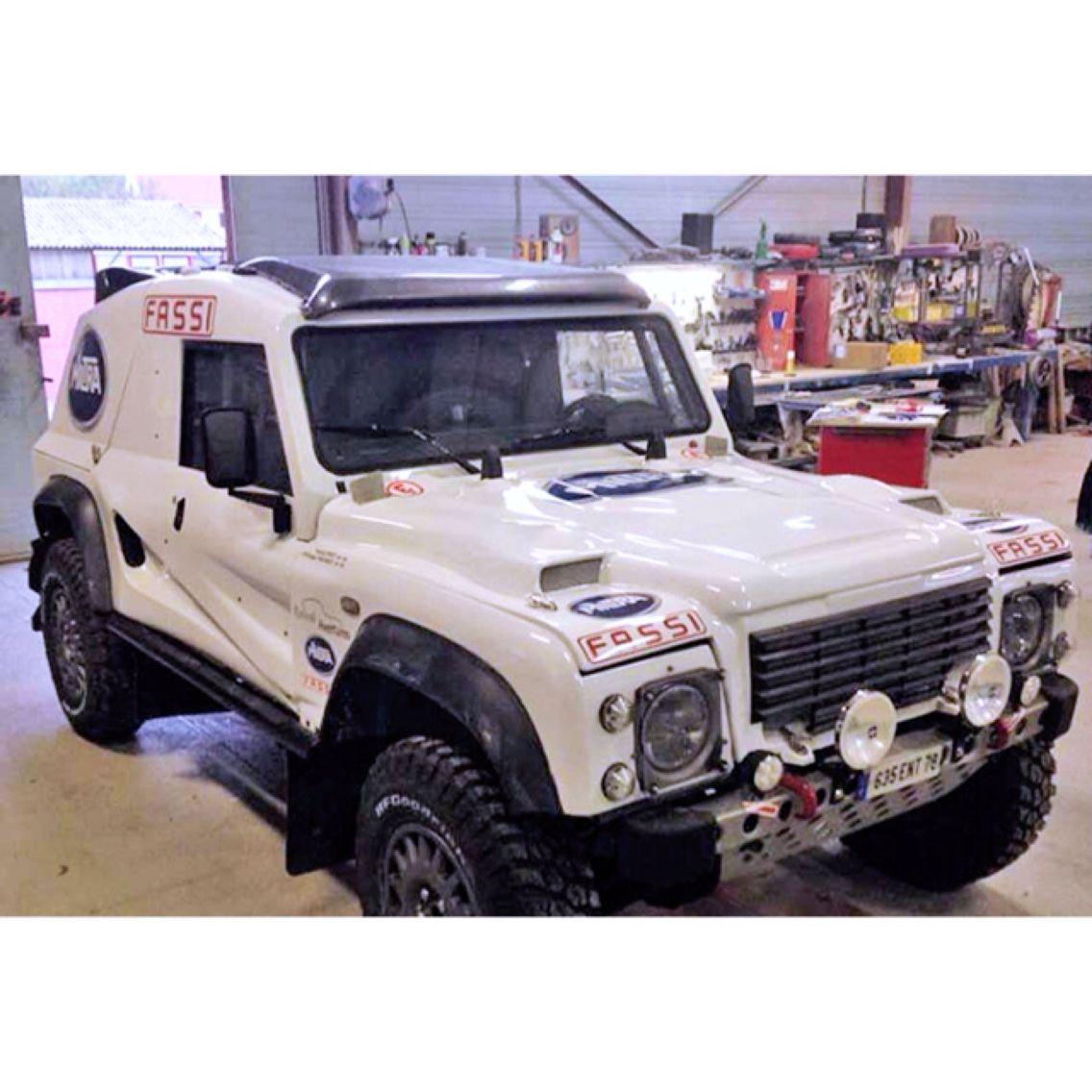 Land Rover Defender 90 Always At Dakar 2015 Edition