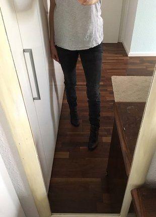 Kaufe meinen Artikel bei #Kleiderkreisel http://www.kleiderkreisel.de/damenmode/rohrenhosen/144983003-schwarz-graue-jeans-von-drykorn-grosse-36
