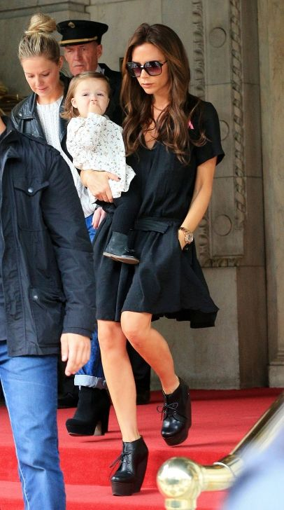 Victoria Beckham leaves her hotel The Plaza with her baby daughter Harper. 10-23-2012