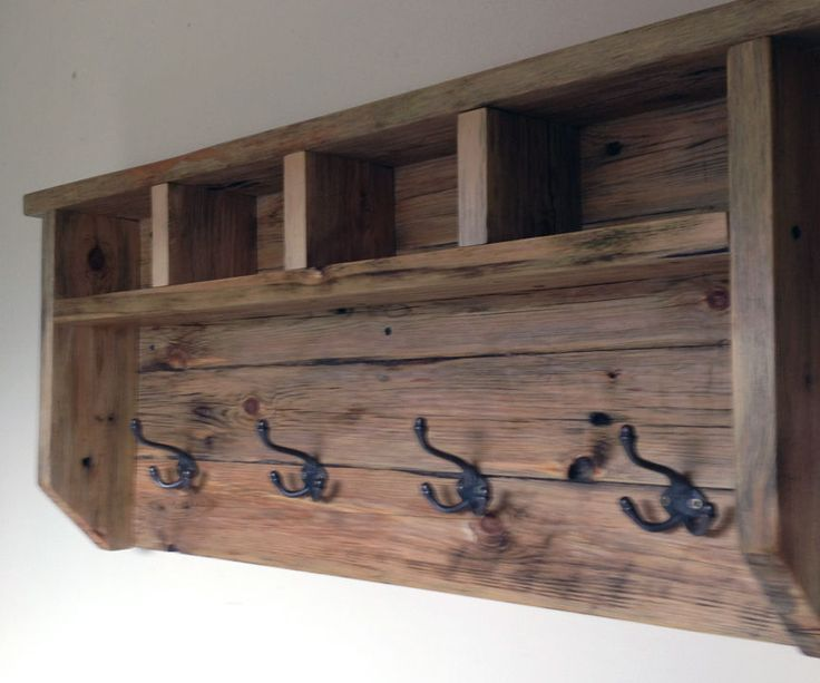 Farmhouse coat hanger from pallet wood coat hanger wood for Reclaimed pallet wood projects