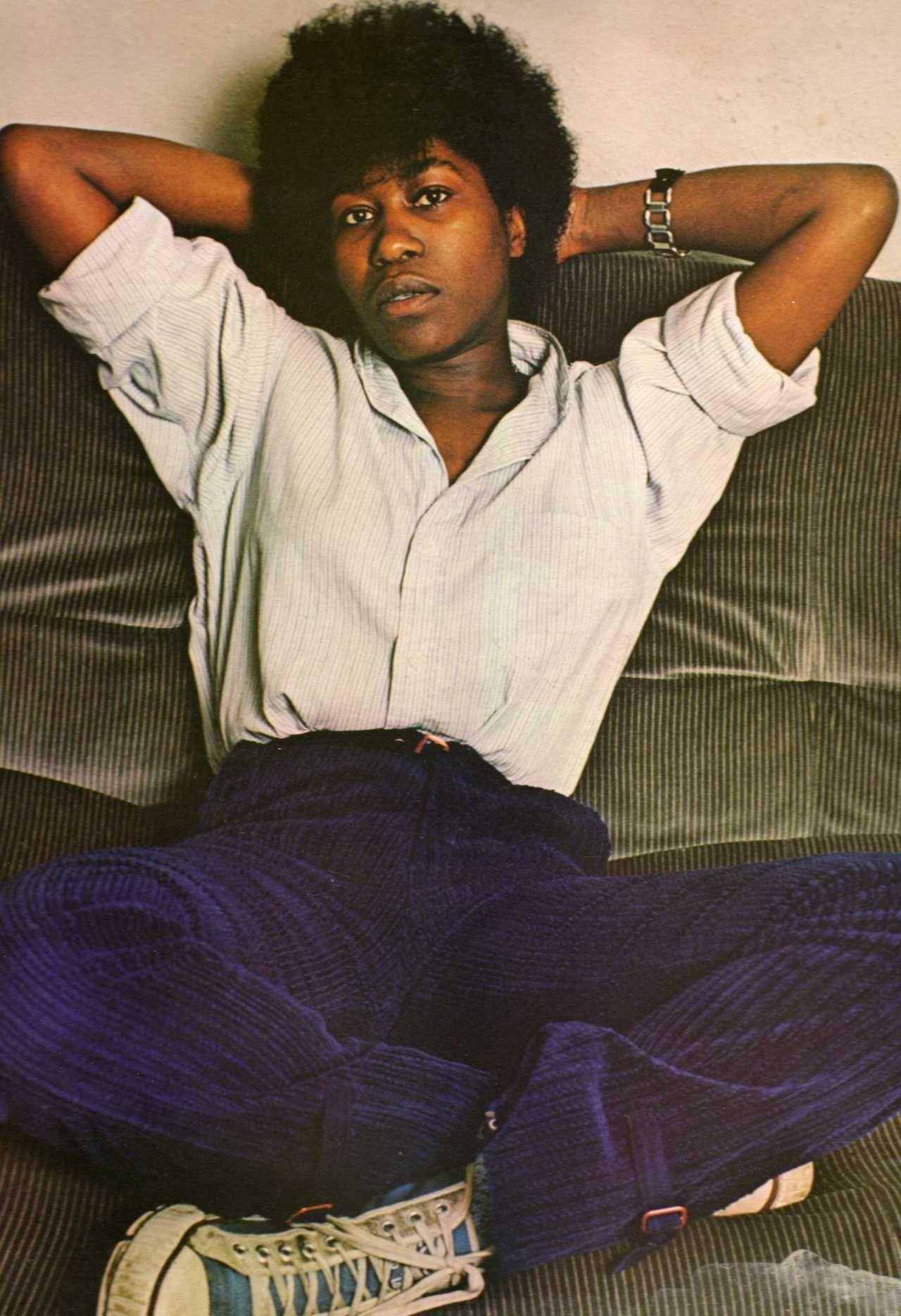 Joan Armatrading--laid back and comfy   Joan armatrading, Roots ...