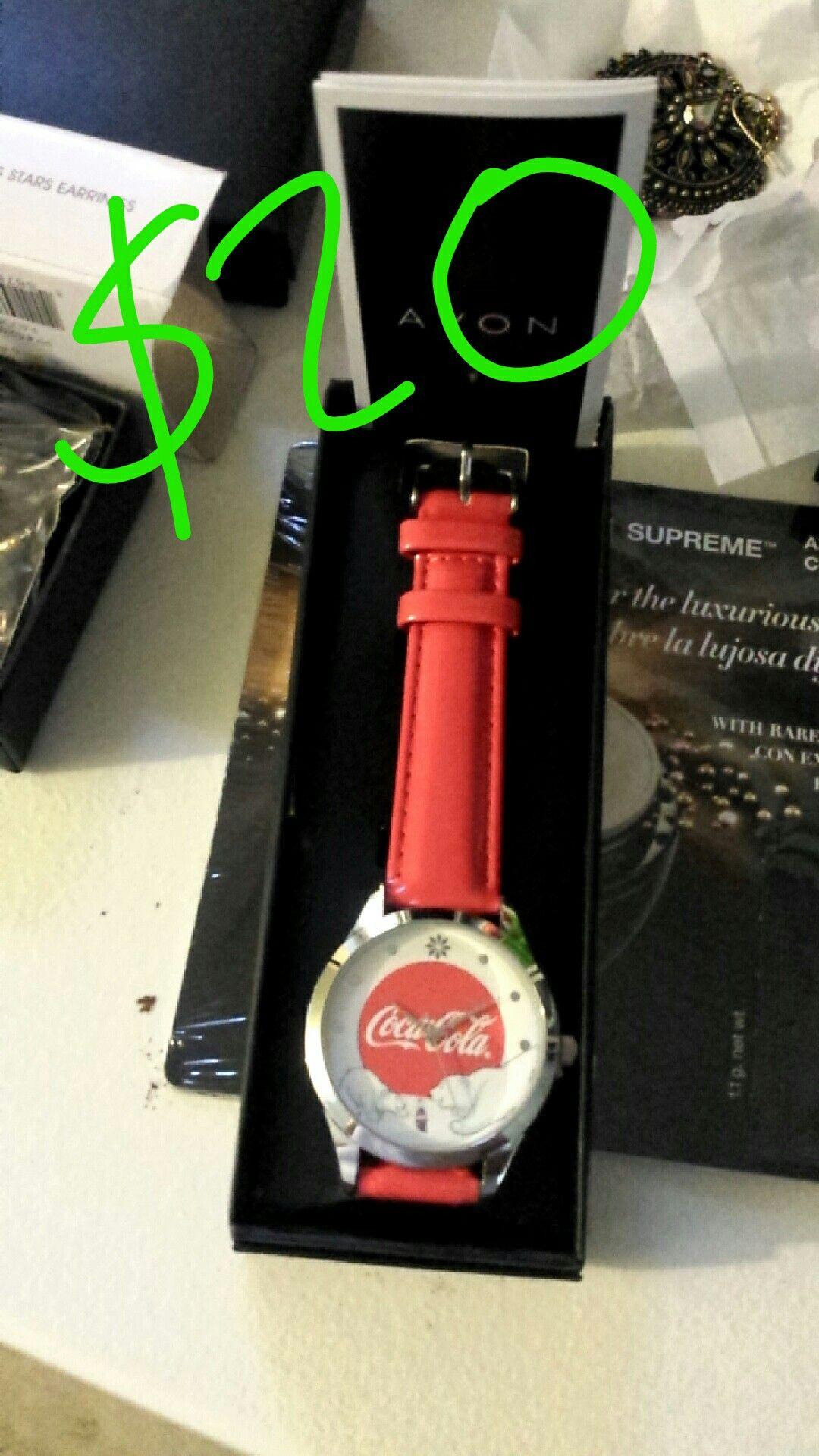 Pin by Glenda Villicana on Avon Leather watch, Earrin