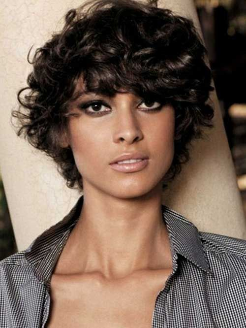 Short Hairstyles For Curly Frizzy Hair Type