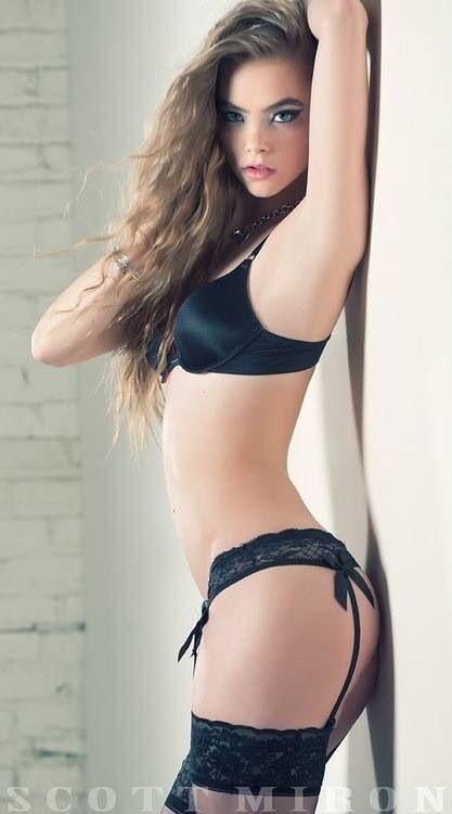 black lingerie - hannah