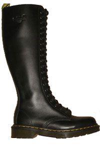 32d8455fee5 Dr. Martens - 20 eye - Black | Dr. Martens | Gothic shoes, Boots og ...