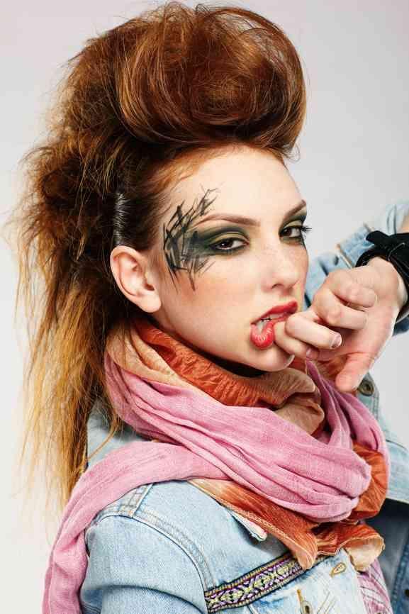 Punk Hairstyles For Long Hair Punk Fun Hairstyles For Long Hair Hairstyley Hair Styles Cool Hairstyles Punk Hair