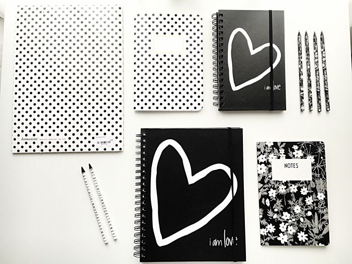 notes black and white desing