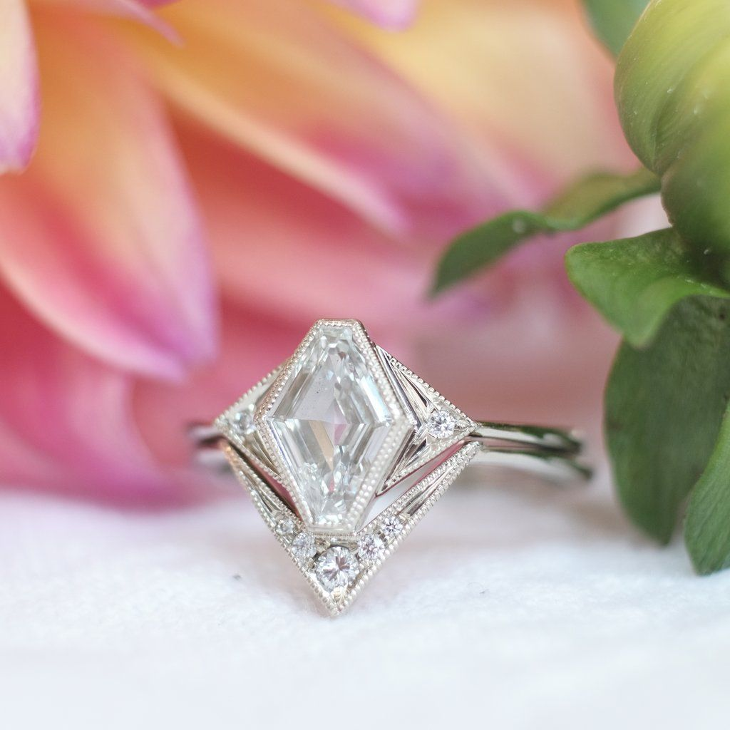 Geometric Diamond Daisy Setting, Ring Set, 18k White Gold   not ...