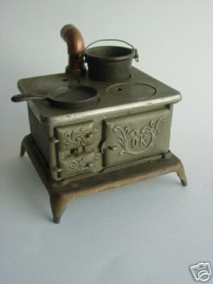 Cast Iron Vintage Dollhouse Stove