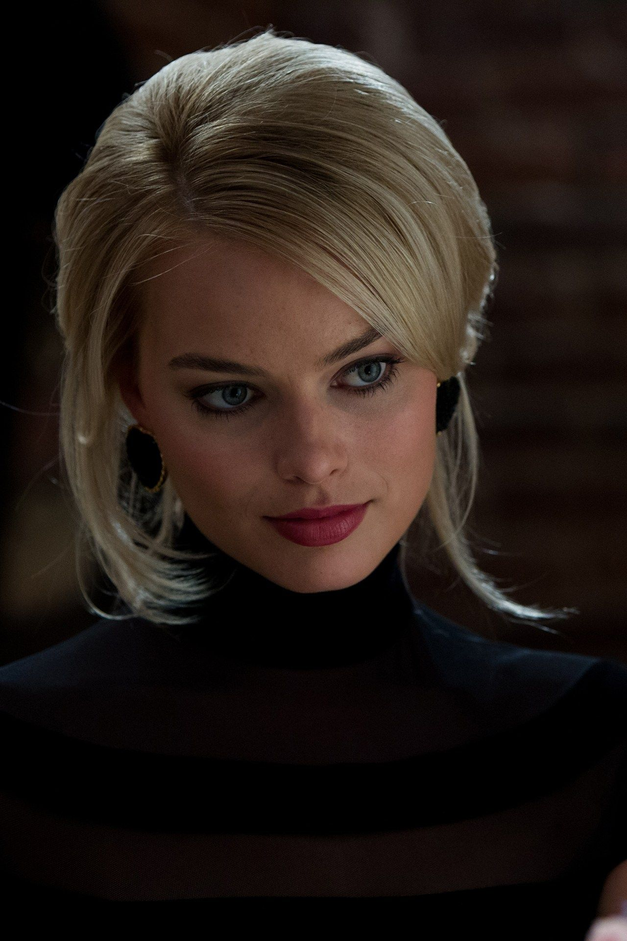 meet dicaprio s leading lady margot robbie margot on wall street id=20039
