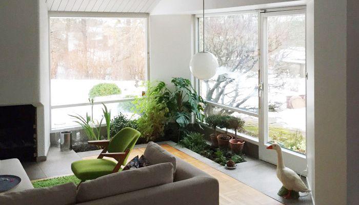 Kika in hemma hos Svante bland vinklar och vrår Villas, Interiors