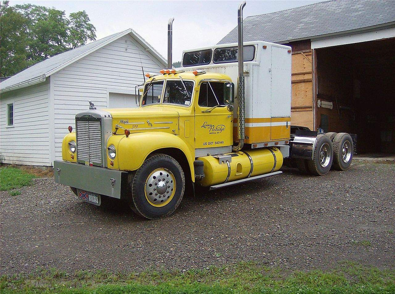Mack B73