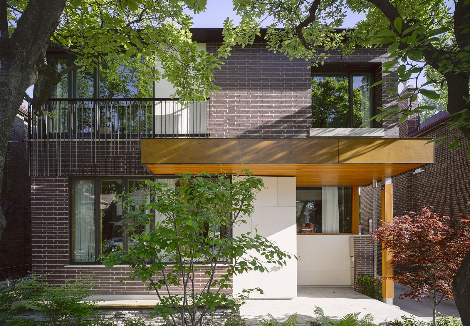 Bedford Park House in Toronto, Canada by LGA Architectural Partners ...
