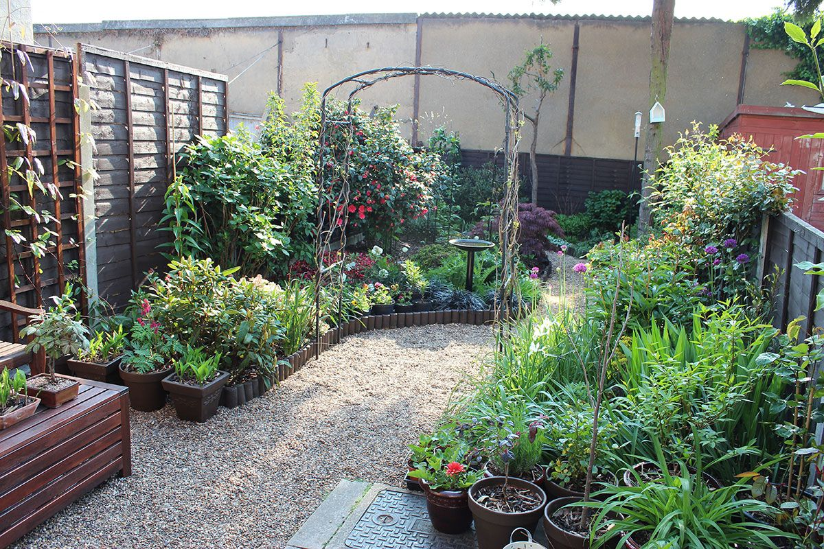 Small Garden Design Without Grass Awesome Small Garden Design Without Grass Fron Small Front Yard Landscaping Small Front Gardens Small Backyard Landscaping