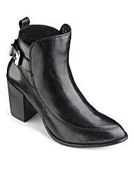 #SoleDiva Block Heel #Boots #OxendalesAW15 #AW15 #ootd #shoes