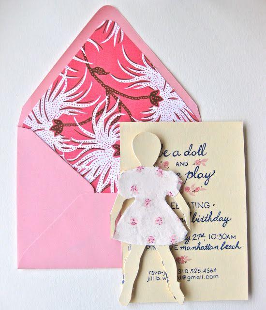 Foret kuvert med mønstret papir