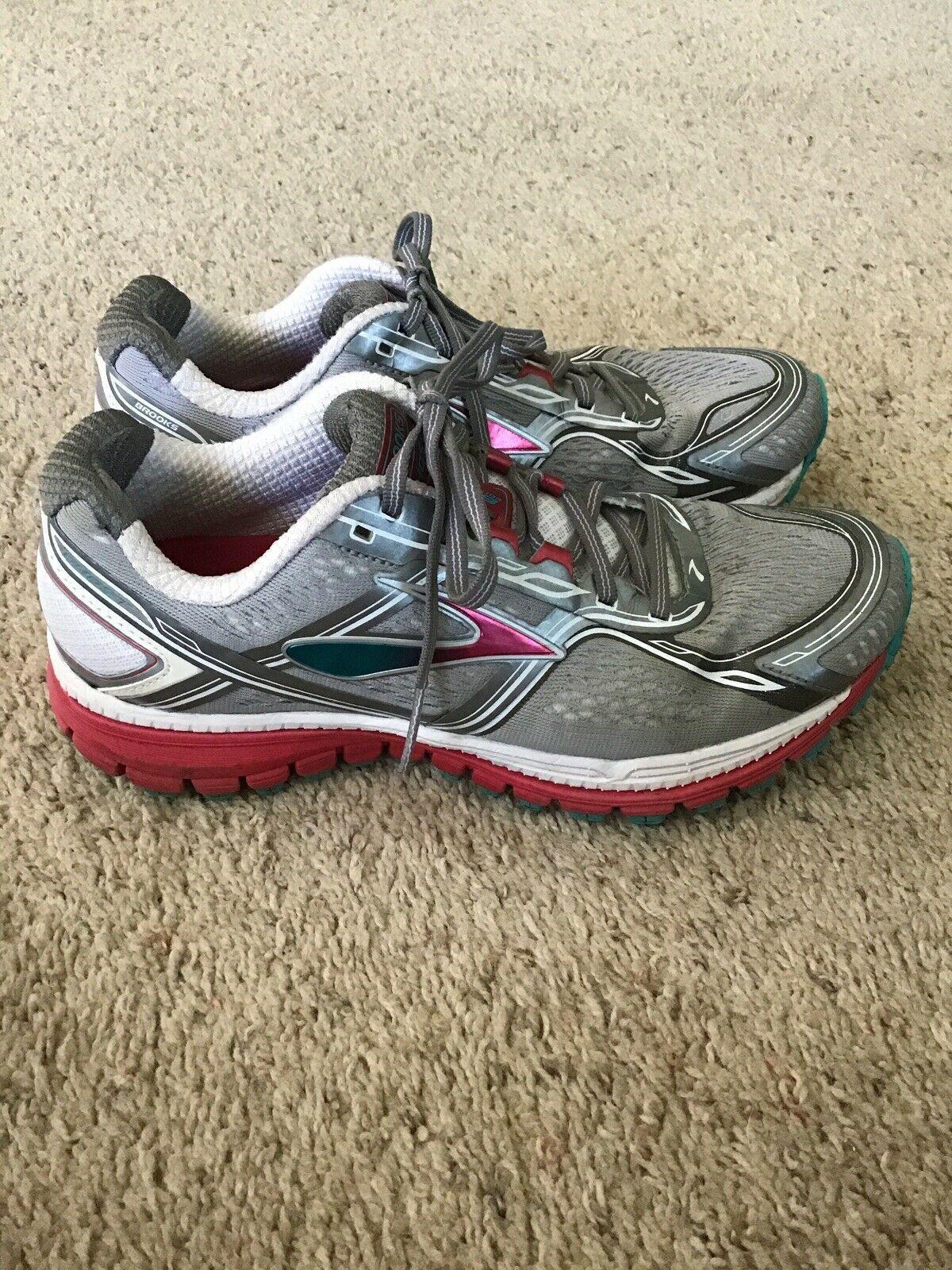 Brooks running shoes, Running shoe