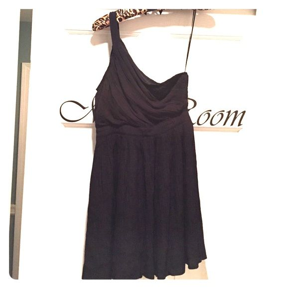 Black dress.. New without tags Black dress size small. The designer is kimchi blue. 100%rayon. One shoulder Kimchi Blue Dresses Mini