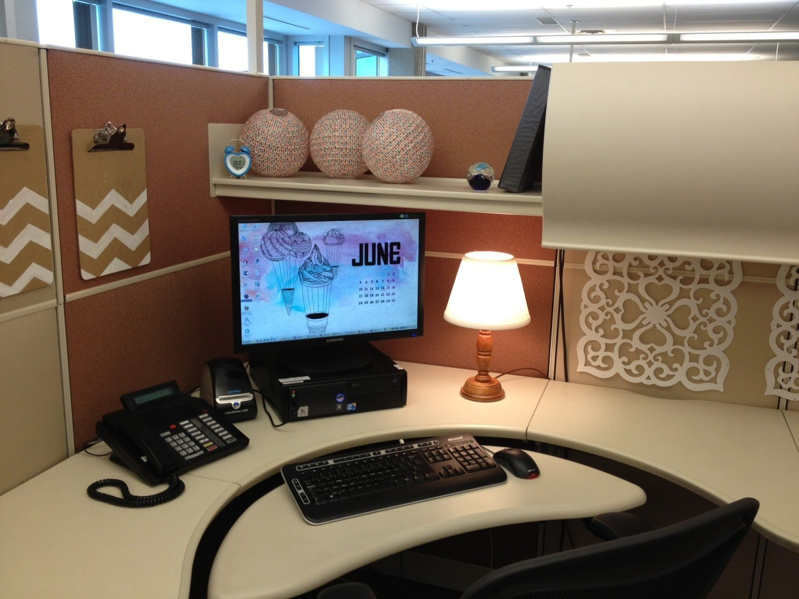 20 Cubicle Decor Ideas To Make Your Office Style Work As Hard As You Do Cubicle Decor Office Cubicle Makeover Work Cubicle