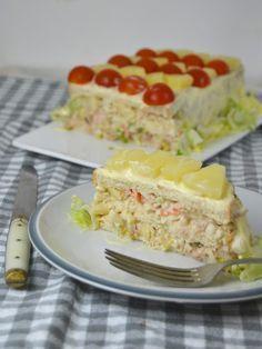 Pastel frío de atún, piña y surimi con pan de molde ¡Fácilisimo!