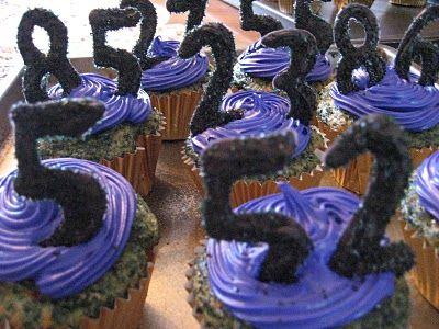 Ravens cupcakes!