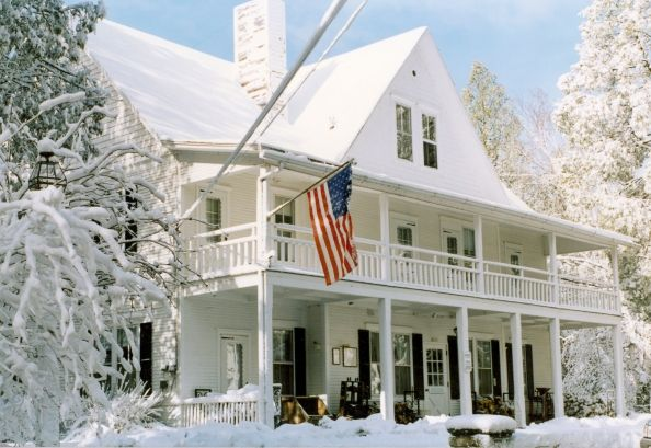 White Gull Inn Fish Creek Bed And Breakfast During The
