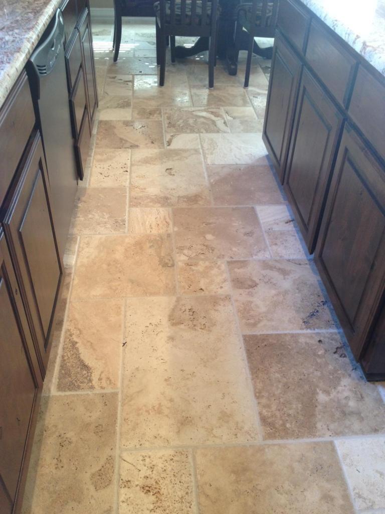 Travertine Flooring Kitchen Creme Brulee Travertine Versailles Pattern Kitchen Pinterest