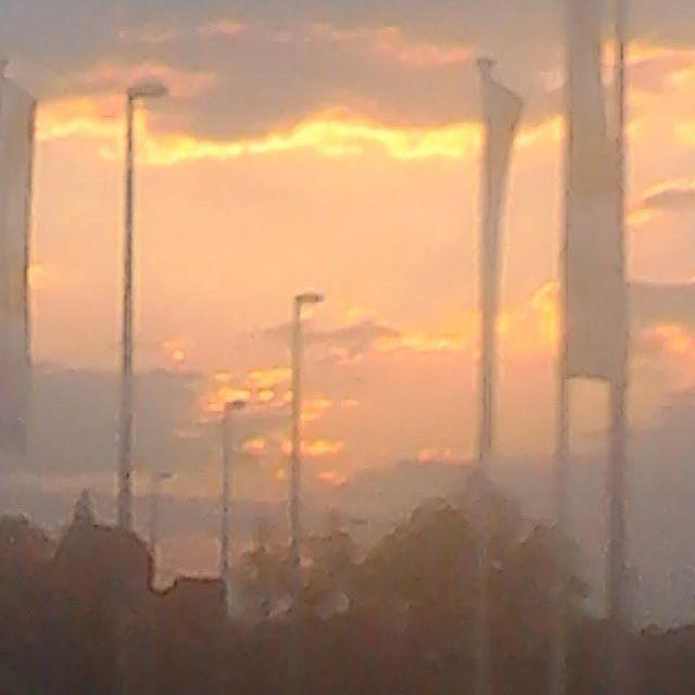 #nature #sky #sun #summer #beautiful #pretty #sunset #sunrise #blue #flowers #night #tree #twilight #clouds #beauty #light #cloudporn #photooftheday #love #green #skylovers #weather #mothernature #photography #photooftheday #portrait #photogram #behindthescenes #photoshoot #photog by __skylovers__