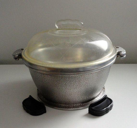 Vintage Guardian Service Hammered Aluminum Pots With By Kimbuilt 42 00 Vintage Cookware Kitchen Stove Top Vintage Cooking