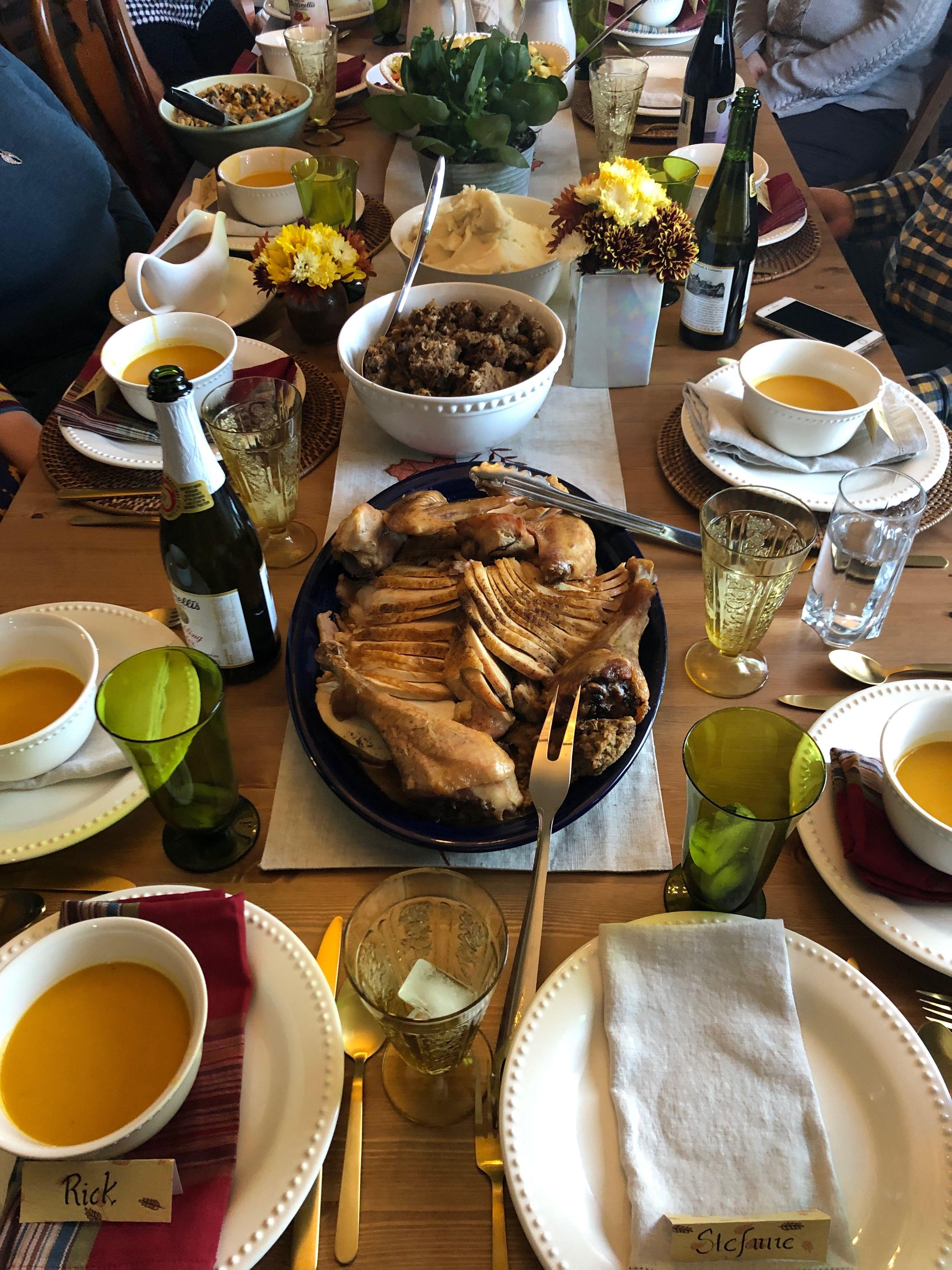 Thanksgiving Dinner In 2020 Thanksgiving Catering Turkey Dinner Thanksgiving Dinner