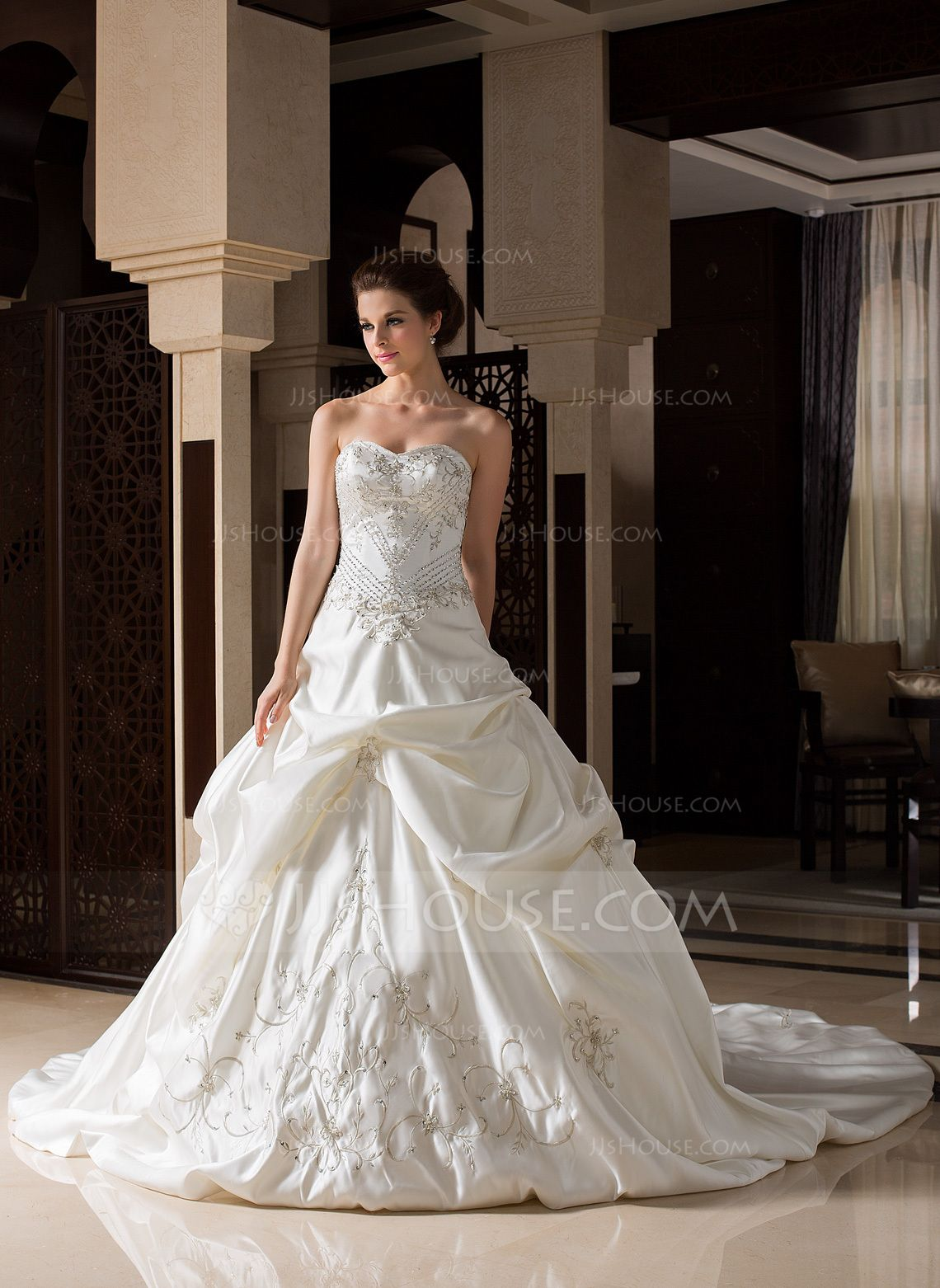 Corte de baile Escote corazón Tren de la catedral Satén Vestido de novia con Bordado Volantes Bordado (002033765) - JJsHouse