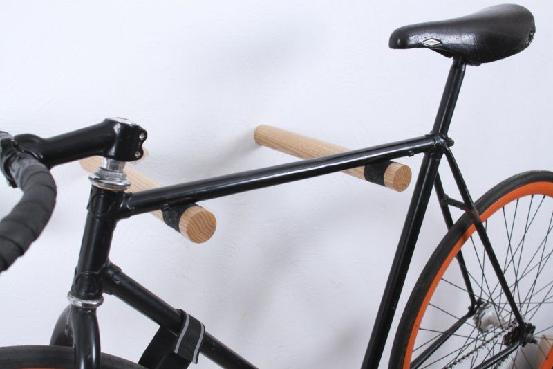 26 kreative ideen f r fahrradhalterung f r wand anleitung flur fahrrad aufh ngen fahrrad. Black Bedroom Furniture Sets. Home Design Ideas