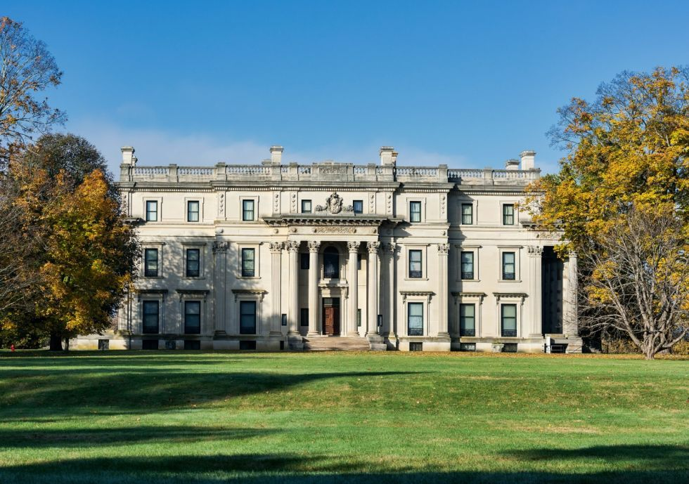 Diseñado en 1896 por McKim, Mead and White, el 54-sala de Vanderbilt Mansion es uno de los más bellos ejemplos de la arquitectura Beaux-Arts de pie hoy.