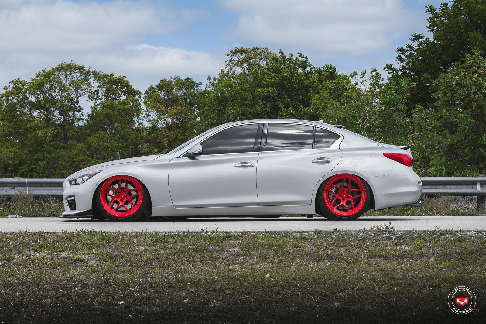 Infiniti s gets new big red vossen forged lc series wheels