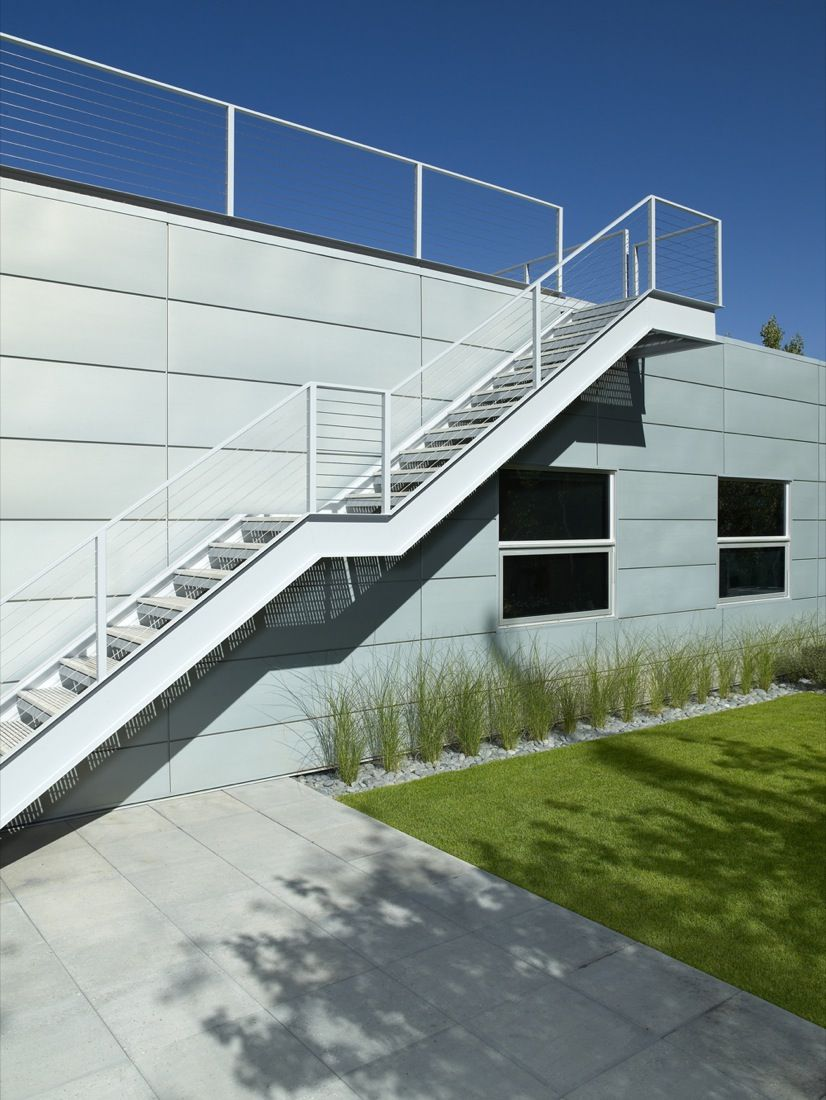 Best Fetching Outdoor Metal Staircase For Your Inspiration 400 x 300